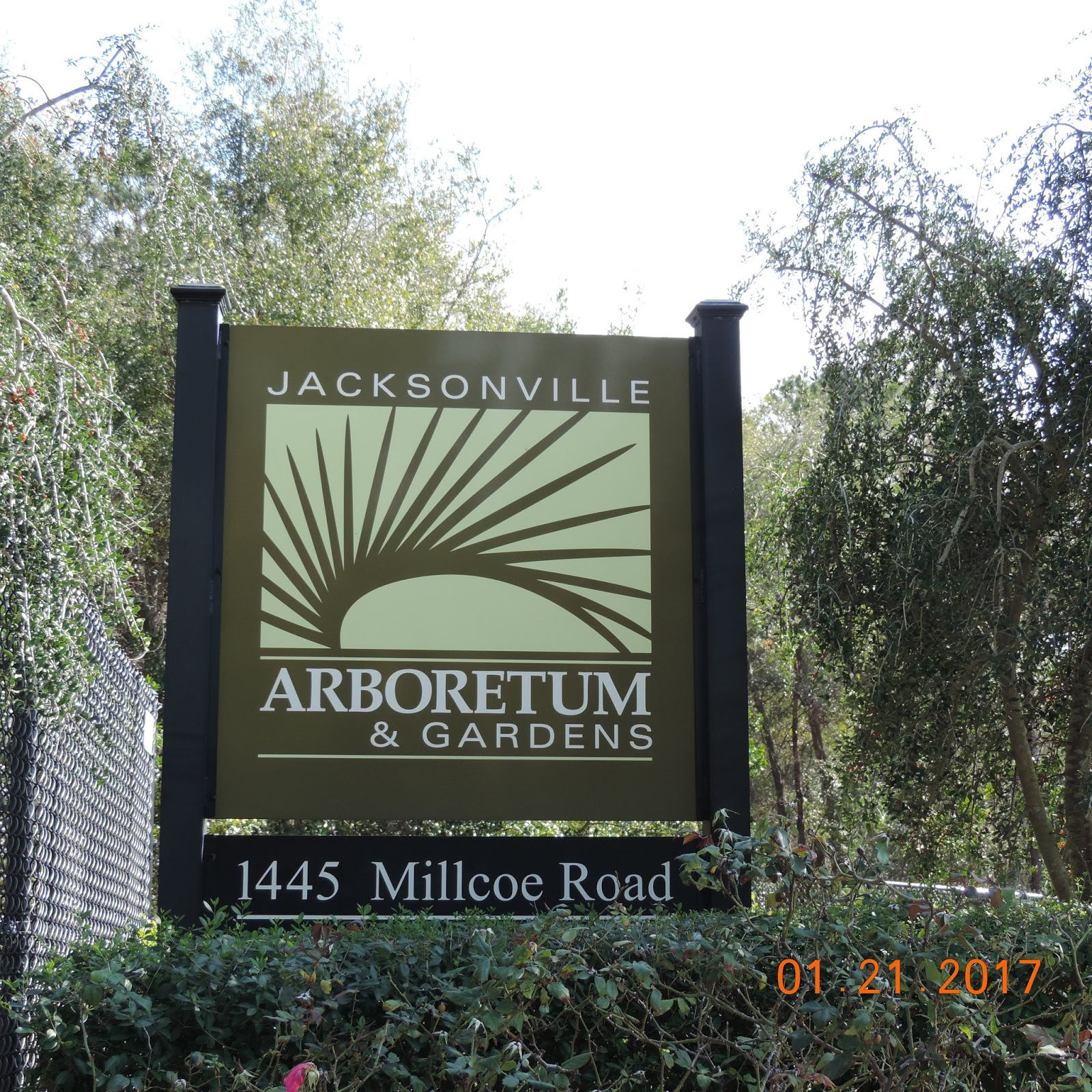 Arboretum Entrance.JPG